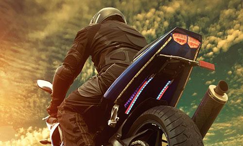 Batería para motos LTH diseño convencional o tecnología AGM con alta capacidad y duración